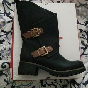 Brand new boots!!
